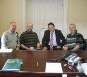 The-club-trustees-signing-the-land-deal-with-the-solicitor-2